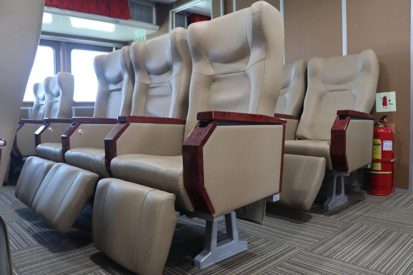 Ghế VIP tàu Côn Đảo Express 36